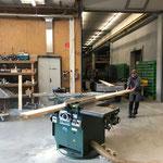 Arbeiten in der Tischlerei für Loipenbrücke Zugertobel