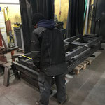 Lagerwagen-Produktion in der Schlosserei