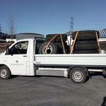 Neue Winterreifen für Unimog 530 abholen