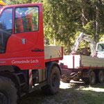 Bagger abladen für Arbeiten nach Gewitterschäden Wasserzügeweg - Studamahd