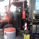 Fahrzeugpflege U400 und wöchentliche Streudienstübergabe
