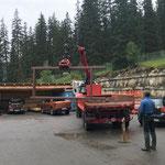 Umbau Feuerwehrhaus, Rampenelement laden