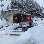 ...und Winterwanderweg Lech-Zürs