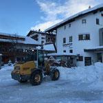 Rüfiplatz, Schneeräumung mit Lader 509