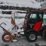Holder C70 SC-1 im Schneeräumeinsatz am Bauhof