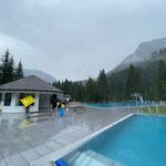 Apropos Waldbad: ab morgen Samstag, 25. Juli Aquafit- und Sportbecken in Betrieb. Breitwellenrutsche folgt nächste Woche, viel Spaß!