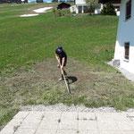 Aufräumarbeiten Wasserrohrbruch Haus Dr. Küng, Tannberg