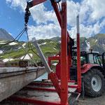 Zürsersee, Grüner Ring - Steg für Sanierung aufladen und zum Bauhof bringen