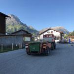 Transvorarlberg, Müllcontainer abholen am Schlosskopfparkplatz und ...