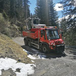 ...und Bagger TB 290 Schneider Erdbau