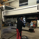 Bremsenreparatur an der VW Pritsche - lang