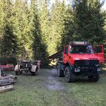 Abbau vordere Butzenbrücke: Verladen der Stahlträger auf U1600 und Nachlaufgerät