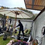Urnengrab vorbereiten am Friedhof