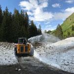 Lechweg auffräsen Richtung Chuaschwob, mit Lader 509 und Fräsaufbau