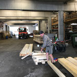 Holz nach Zeltabbau sortieren