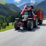 Asttransporte Spullerwald, mit Steyr 6190 CVT und Bigab-Containerhänger