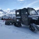 Winterwanderwege Oberlech abräumen