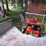 Holz ziehen mit Unimog 1600 im Engerle Wald