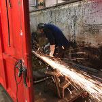 Flexarbeiten für Rahmenverstärkung Schneecontainer