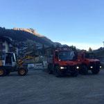 Material laden für Wegsanierung am Schlosskopfparkplatz, mit U400 und U1600