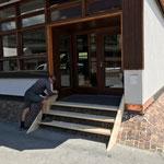 Stiegenbau, Eingang Mittagsbetreuung Volksschule Lech
