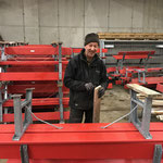 Wege & Loipen: Bänke wintertauglich machen, Bodenbretter montieren