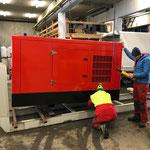 Aufbau mobile Schneeanlage für Loipe