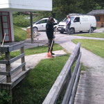 Rasenpflege im Waldbad