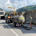 Grube WC-Alpe Formarin in Kanalisation einbringen am Bauhof