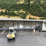 Neubau vordere Butzenbrücke, Ablängen der Stahlträger