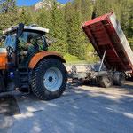 Materialtransport für Wildbachverbauung Zürsbach