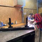 Schweiß- und Reparaturarbeiten für Pistenbully 100