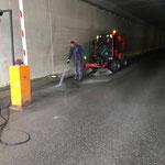 Reinigungsarbeiten Tunneleinfahrt