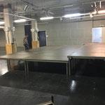 Bühnenaufbau für Abschlusskonzert Musikschule Lech in der Postgarage
