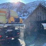 Unimog 530 mit Waschaufbau, Reinigung gedeckte Brücke
