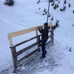 Burgwaldweg, Wintergeländererhöhungen anbringen