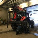 Kettenmontage am Steyr 6190 CVT