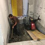 Schlauchturm Feuerwehrhaus, Schremm- und Schaufelarbeiten für Liftbau