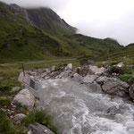 Grüner Ring, Wasserscheide Flexenpass nach Regenfällen wieder in Gang bringen