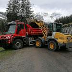 Materialentsorgungstransporte mit U530...
