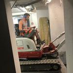 Schremmarbeiten für Liftschacht im Feuerwehrhaus