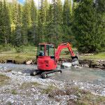 Bachufer befestigen und Weg reparieren nach Unwetter Lechweg, Einmündung Johannesbach