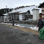 Müllzwicken am Schlosskopfparkplatz und Sportparkrunde