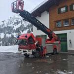 Hydraulikfehlersuche bei der Drehleiter FF Lech