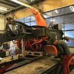 Service-Arbeiten an der Hängerfräse