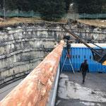 Montage Bauhof-Flugdach-Setzen der 16m Stämme