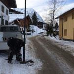 Straßenlaterne demontieren am Omesberg