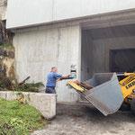 Holz einfassen am Bauhof