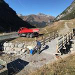 Rampe schütten und rütteln, Monzabonbachbrücke