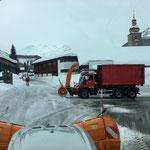Steyr 6175 CVT und Unimog 530 am Anger